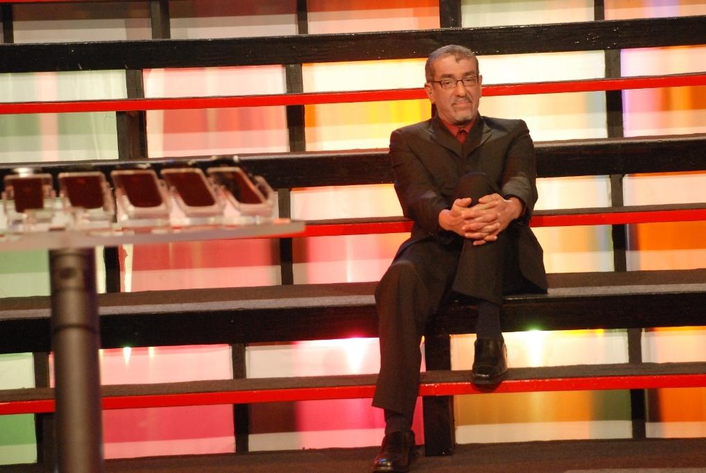 Simon Crosskill Host of Digicel Deal or No Deal