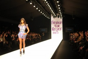 Host International Top Model Naomi Campbell hits the runway in Alexander McQueen.