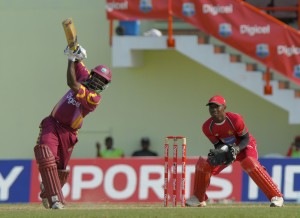 Narsingh Deonarine hits Graeme Cremer for four - Brooks La Touche Photography and DigicelCricket.com