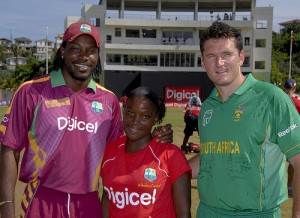 Chris Gayle and Graeme Smith with Digicel Coin Toss Representative Nickel John - Randy Brooks photo and DigicelCricket.com