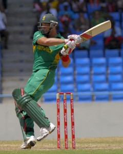 Jacques Kallis pulls to the boundary - Randy Brooks photo and DigicelCricket.com