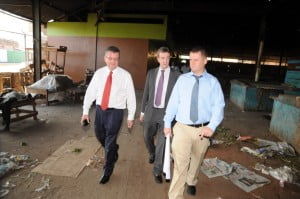 LEFT TO RIGHT – DIGICEL GROUP CEO, COLM DELVES, DIGICEL JAMAICA CEO, MARK LINEHAN, AND DIGICEL GROUP PROGRAMME LEADER, BRENDAN AHERN, TAKE A WALK AROUND