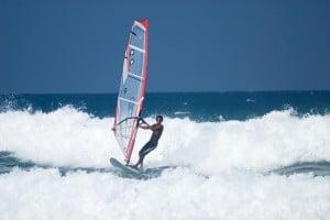 Windsurfer-in-Cabarete-lres