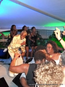{FILE PHOTO} Grynner is one of BARP's drawing cards this Saturday (Wunna see de Opposition Leader shakin' a leg to Grynner?)