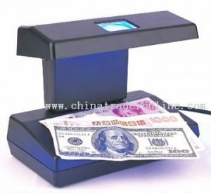 (IMAGE VIA: chinatraderonline.com) On Saturday 09, March 2013 about 7:40 pm, members of the Drug Squad as a result of information, encountered and interviewed Gunning in the Departure Lounge of the Airport, and they subsequently found the counterfeit notes in her possession.