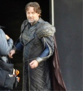 {IMAGE VIA - aintitcool.com} Crowe plays Jor-El, Henry Cavill's Kryptonian father. Do you believe he saw a UFO or is he just being crazy?