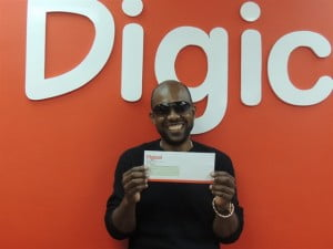 (Rodney Hunte - Week 1) Started on February 7 and concluded last Thursday, February 28, customers were given a chance to win $9,000 in cash each week simply by topping up with $20 or more, paying their post-paid bill on time and in full, or sending 10 or more texts in a day.