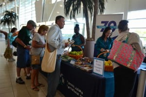 Carnival Dream cruise passengers received breakfast and lunch treats at Princess Juliana International Airport. (SXM photo)