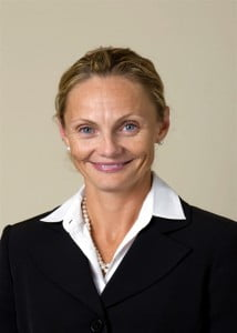 Mrs. Graham has had successful careers in both the private and public sectors in Canada. She worked as a Management Consultant from 1999-2002 at the Canadian firm of McKinsey & Company where she developed business strategies for a number of Fortune 500 Companies across multiple sectors, including Financial Services.