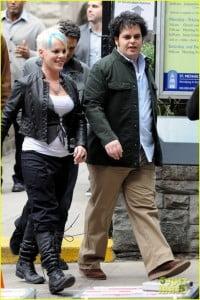 {IMAGE VIA - justjared.com} Three people undergo a 12-step treatment for sex addiction.