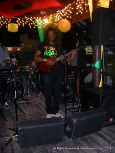 No it was not an illusion, Mojo's had live music over the weekend... Buggy Nhakente no less!