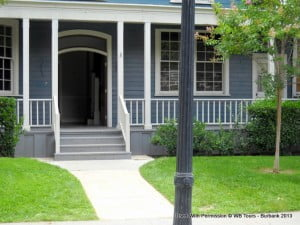 """Out tour guide Hannah was very much into """"Pretty Little Liars,"""" which is like a teenaged version of 'Desperate Hosewives' and this was one of the collapsible houses used for the series..."""