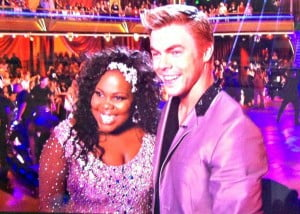 {IMAGE VIA - glamour.com} Glee's Amber Riley and Snooki did great on week 2 of Dancing With The Stars. Keyshawn Johnson was the first elimination for the season. • http://bit.ly/ENTVSubscribe