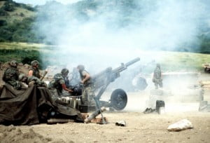 82nd Airborne artillery personnel load and fire M102 105 mm howitzers during Operation Urgent Fury in Grenada. (DoD photo) 82nd Airborne artillery personnel load and fire M102 105 mm howitzers during Operation Urgent Fury in Grenada. (DoD photo)