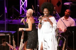 CiCi scatting and Marisa Lindsay decked like a 70's diva wowed the crowd...