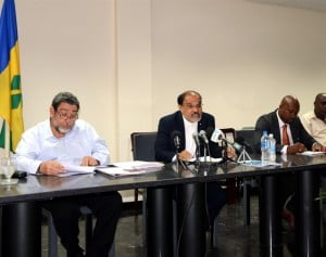 Dr. J.R.Deep Ford, Subregional Coordinator FAO, speaking at the signing ceremony in St. Vincent, flanked by Dr. Ralph Gonsalves, Prime Minister, and Sabato Caesar, Minister of Agriculture