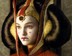 {IMAGE VIA - 8wayrun.com} This week, Star Wars fan Keisha becomes Queen Amidala!