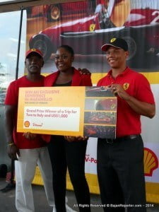Dad on left, Marketing Manager on right - Kerrie Stuart in Centre all smiles as she gleefully accepts the grand prize from Shell... Molto Bene!