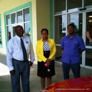 (L to R) Courtney Downes - Brand Mgr at Simpson Motors; Simone Whittaker - Business Development Mgr of RMJ Agencies (2015) along with Tomilson Bynoe - Director of Carlton A1 Supermarkets