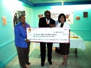 Council President, Sir Trevor Carmichael also echoed similar statements indicating that such generous donations help to ensure that future generations learn and understand the country's strong heritage. He further acknowledged that the 'generosity of spirit and indeed this generous gift' help to strengthen the links between Barbados and the People's Republic of China.  Both thanked the Embassy and Ambassador Wang Ke for their active support of heritage and education in Barbados.