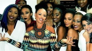 Elle Varner with some of the Honey Jam Artists
