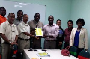 GBL gave a commitment to the employees to settle the agreement in an open, transparent and fair setting, in addition to resolving outstanding issues. Before negotiations commenced, GBL and the Grenada Technical and Allied Works Union (GTAWU) met and closed off all major outstanding items in order to focus on the agreement before them.