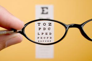 Applicants may wear eyeglasses for U.S. passport and U.S. visa photos if they have a medical issue, such as a recent surgery, and require eyeglasses to protect their eyes.