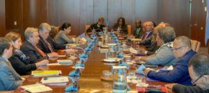 The United Nations Secretary General extended his offer of good offices, circumstances permitting, to facilitate dialogue and negotiation between the parties. The CARICOM delegation indicated its readiness to work assiduously to bring the parties to the negotiating table.