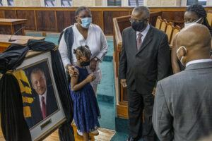 Prime Minister Mottley and her Cabinet colleagues paid their respects to former PM Owen Arthur