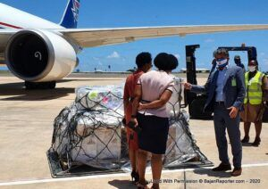 Argentine Ambassador to Barbados, <strong>Gustavo Martinez Pandiani</strong>, and <strong>Songee Beckles</strong>, Director of the Best-Dos Santos Public Health Laboratory, received the 120 kg cargo at Terminal 2 of the Grantley Adams International Airport.